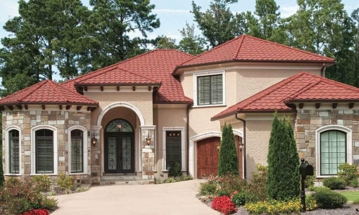 asphalt roofing home